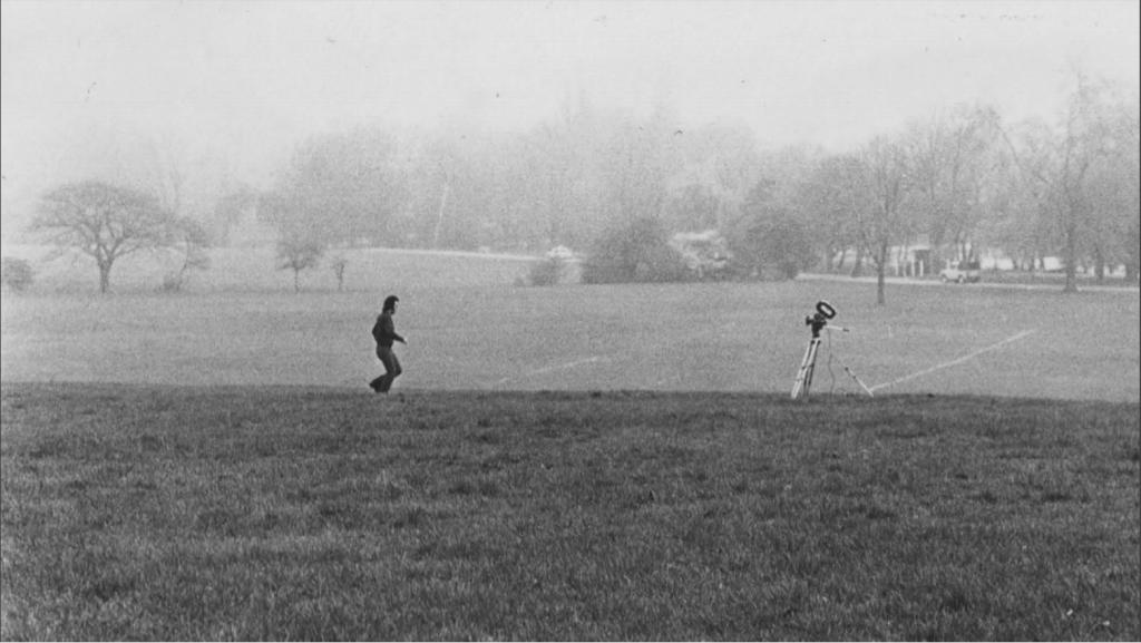 בני אפרת, מתוך קטלוג סרטים נסיוניים משנות ה-70. תצלום הפקה, לונדון, 1974